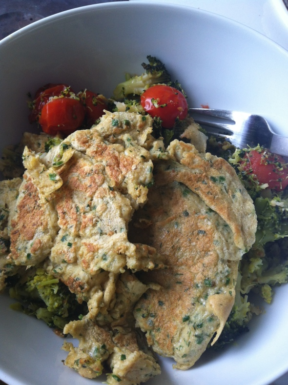 Oat-Coconut-Egg-Pancake-Frittata & broccoli and cherrys