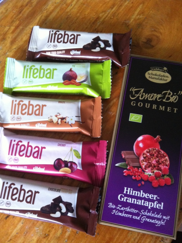 Vegan lifebars, dark chocolate with rasberries and pomegranate