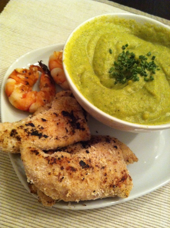 Broccoli-Cauliflower-Soup, Coconut-Chicken Fries, Prawns
