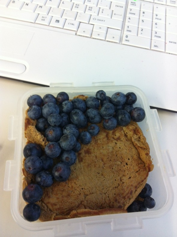 Pumpkin-Protein-Pancakes, Blueberries