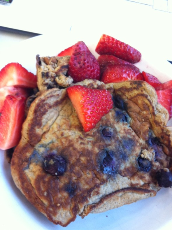Perfect Fit Blueberry Pancakes