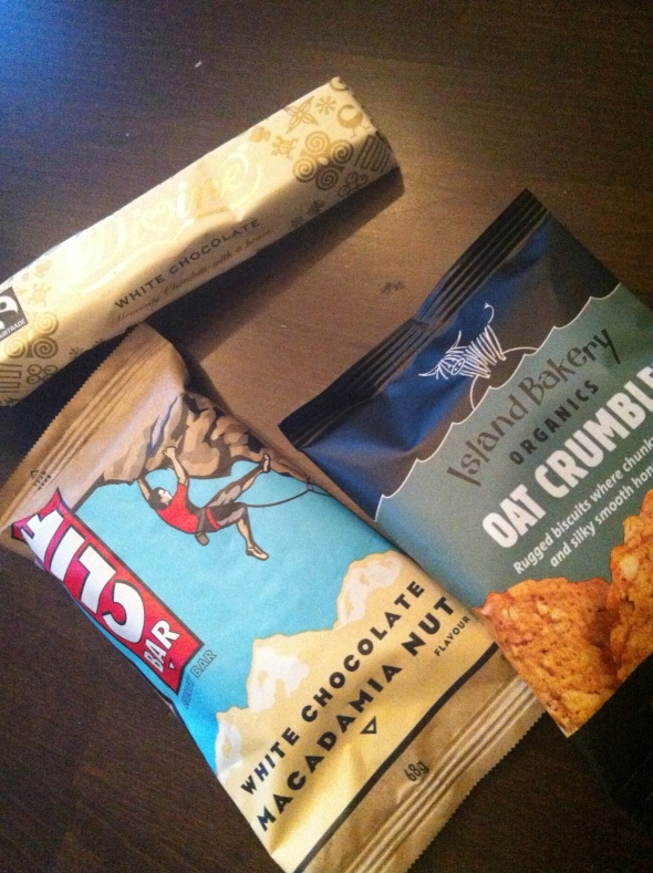 Clif Energy Bar - White Chocolate Macadamia Nut Flavr, Divine White Chocolate, Oat Crumble Cookies