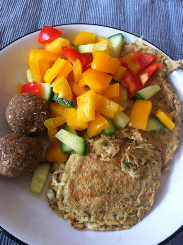 Omelette with veggies&amazeballs