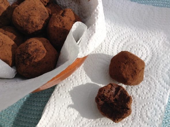 Raw Protein Chocolate Truffles