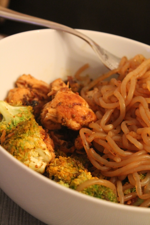 Shirataki Spaghetti Chicken Veggie Bowl