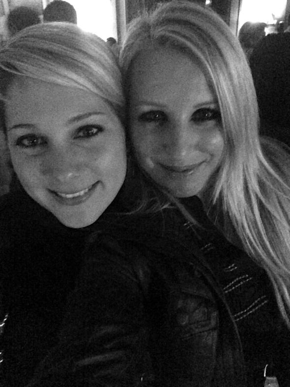 Nicole und LUcie