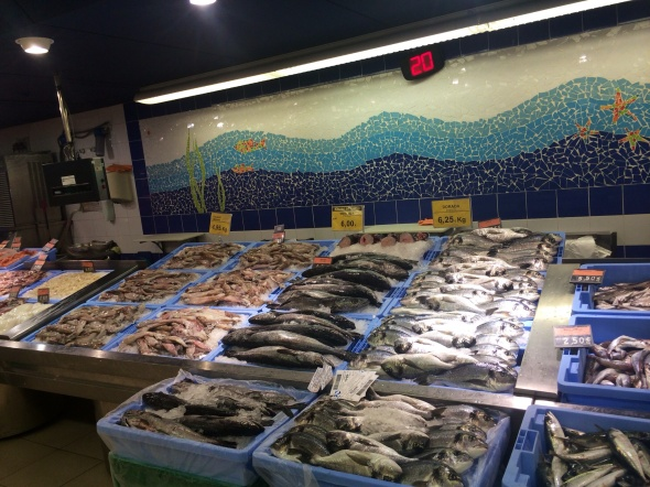 Fresh Fish and Seafood anyone??