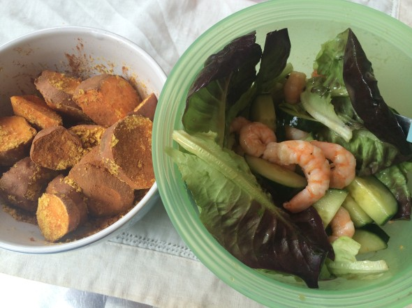 Lettuce with cucumber, shrimps and a side of Sweet Potatoes