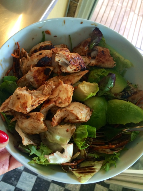 Salad Bowl with Chicken and Avocado